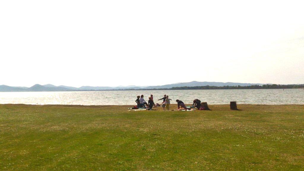 yoga castiglione del lago trasimeno bar il melograno lido comunale